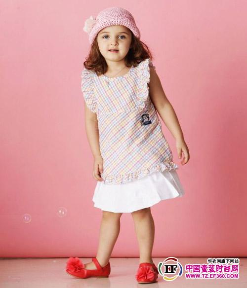 资讯生活特步童装倾力赞助2012渣打马拉松赛