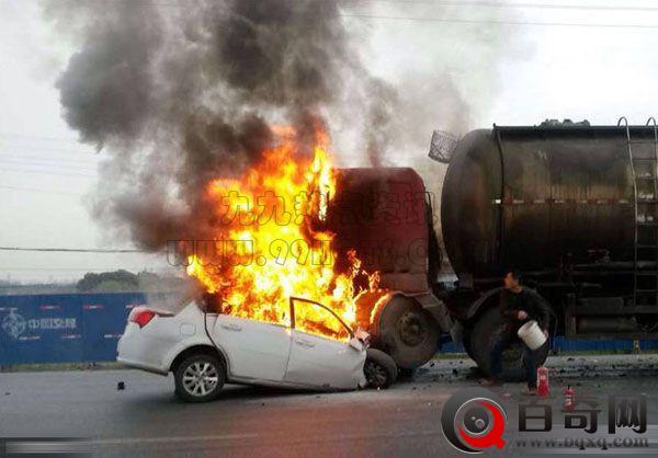 安徽一别克车撞水泥罐车起火司机不幸